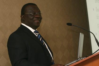 Ghana_Albert Essien